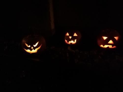 Halloweensko-lampionový průvod a dlabání dýní 01.11.2019